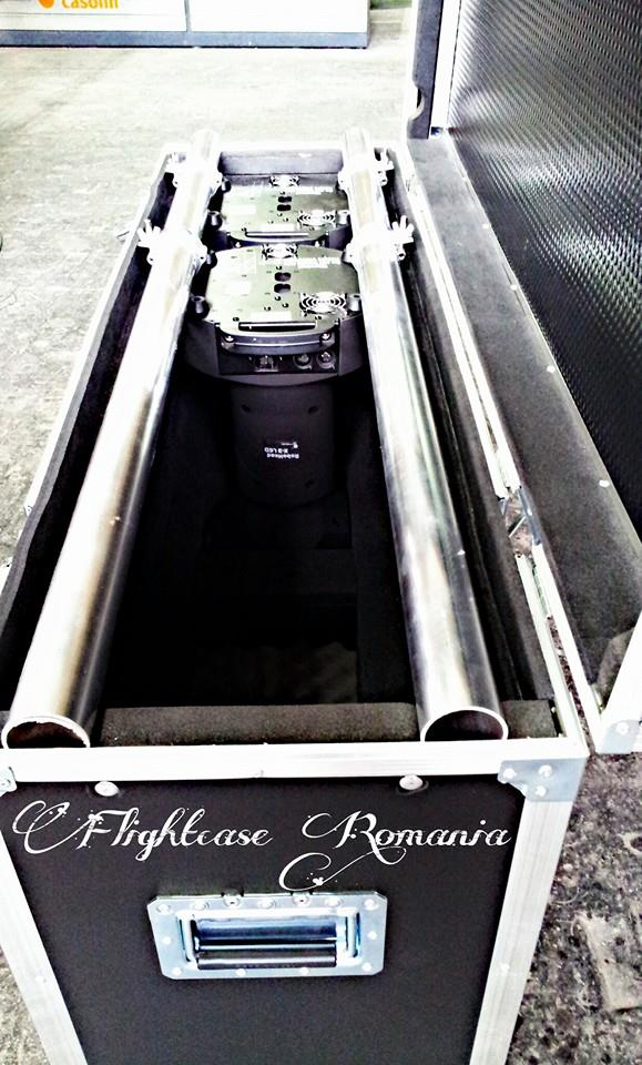 CASE MUVINGHEAD CU CLAMPE MONTATE   by Flight-case Romania